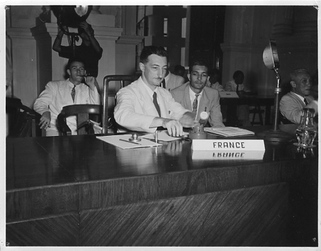 Henri Maux représente la France à l' ECAFE (Economic Commission for Asia and the Far East) Singapour, octobre 1949